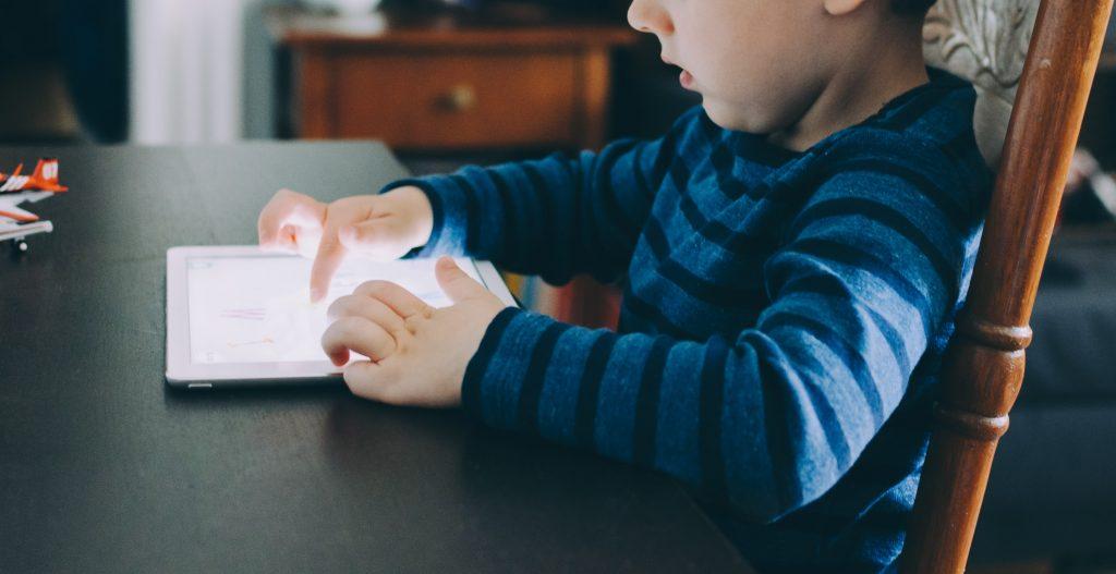 adapting school curriculum for technology